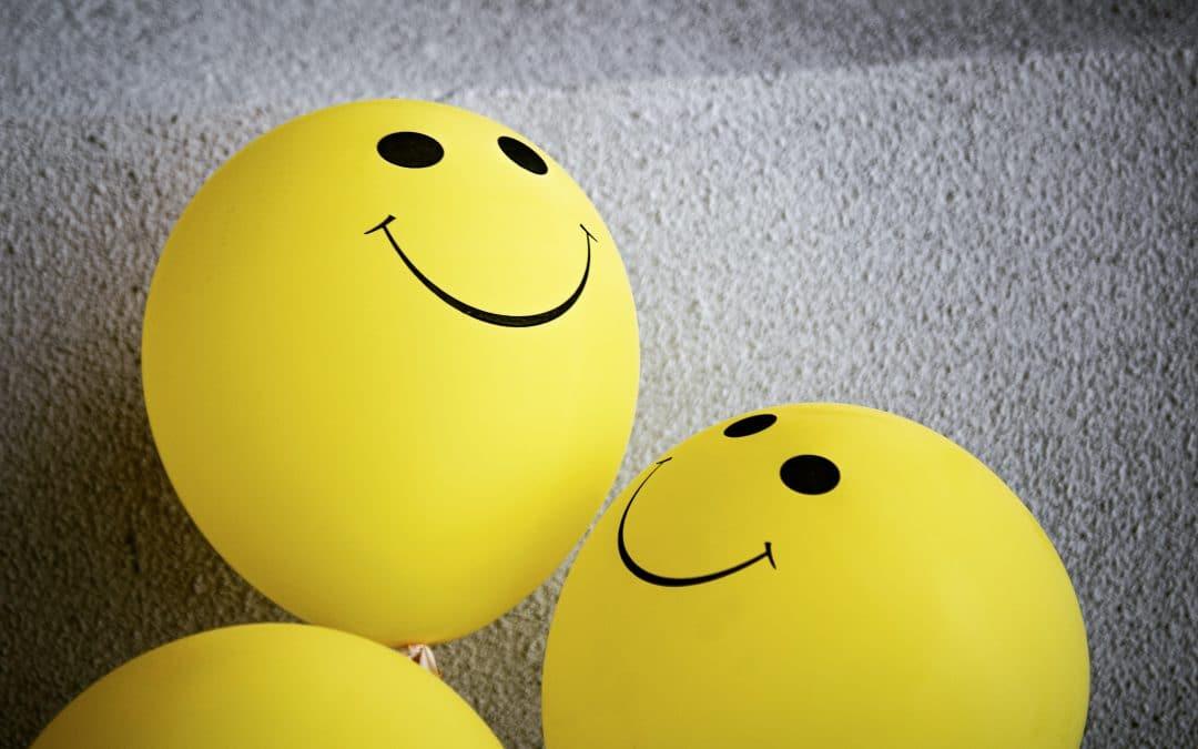 Despre emoticoane – cum colorează ele rețelele de socializare